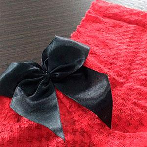 Vermelho Laço Preto